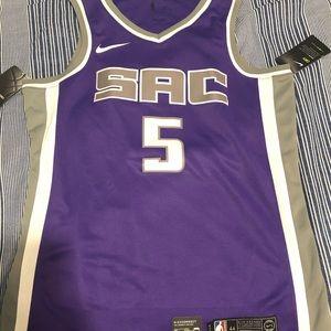 NWT Sacramento Kings #5 De'Aaron Fox Jersey